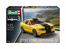 2010 Ford Mustang GT Revell Car Model Kit 07046