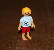 Playmobil vie quotidienne enfant garçon avec tshirt lézard 5266
