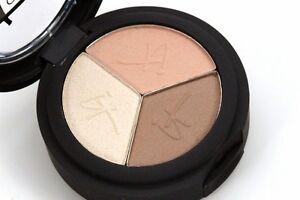 """IT Cosmetics Anti-Aging Shadow Trio Luxe Matte & """"No Tug"""" Shadow Brush NIB!"""