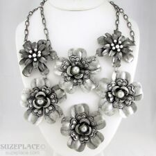 ERICA LYONS METAL FLOWER STATEMENT NECKLACE IMITATION PEARLS NWT RETAIL $48