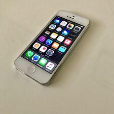 Apple iPhone 5 White & Silver (Unlocked) 4G LTE Smartphone