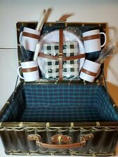 Vintage Picnic Basket and Tableware Setting for 4 - Vintage bamboo Picnic Set