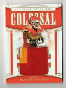 DAMIEN WILLIAMS NFL 2019 NATIONAL TREASURES COLOSSAL MATERIAL PRIME #/10 (CHIEFS