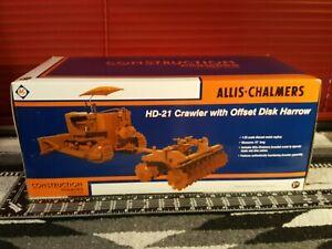 Allis Chalmers HD-21 w/ Offset Disk Harrow  1/25 Diecast Dozer by First Gear