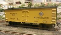 Roundhouse MDC Erie RR Old Time 36'  Reefer, Upgraded, Exc