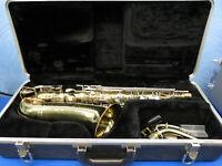 Vintage Buescher Aristocrate Brass Alto Saxophone Ser# 620394 With Hard Case