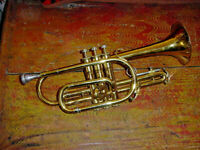 VINTAGE KING CORNET MODEL 602 WITH OLDS MOUTHPIECE  EARLY 70S CONN CASE