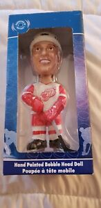 Detroit Redwings Bobblehead NHL Luc Robitaille Bobble Dobbles 2002 New in box