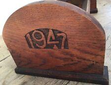 """HAND Crafted RARA croce di Malta & 1947 intagliato rovere massello LIBRO Trogolo 8"""" x 18"""""""