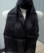 Schönes leichtes Tuch/Schal in schwarz neu zu verkaufen