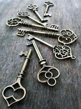 """Skeleton Keys Assorted Mixed Bronze Vintage Style Pendants Bulk 8 pcs 2.4-3.25"""""""