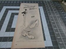 1946 Vitality Shoes, print ad You're gay You're glad