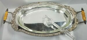 Pyrex 3 quart Glass Serving Platter 1233 with Silver Footed Handled Stand Tongs