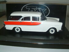 1/43 TRAX 1960 HOLDEN FB SPECIAL STATON WAGON IN WHITE/RED, AUSTRALIA TG
