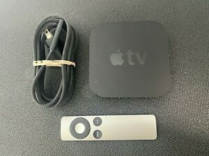 Apple TV (3rd Generation) A1469 w/ Wall Cable and Remote