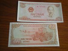 Vietnam-Nord  -   4  x   200  Dong  #100   unc.