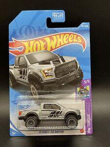 Hot Wheels 17 Ford F150 Raptor #167  Silver Hw Torque New.