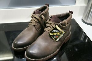 CLARKS MENS GORETEX BROWN LEATHER BOOTS - UK SIZE 10.5G - NEW