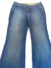 DKNY Jeans Women's Petites Size 4P Blue Jean Pants Zipper Fly Medium Wash