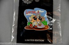 DISNEYLAND RETIRED MICKEY AND MINNIE EASTER PARADE 2003 PIN LE 2000