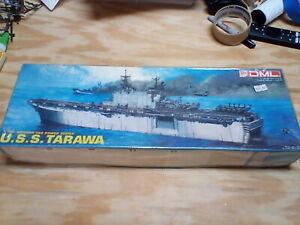 Dragon DML 1/700 Sea Power Lot USS Tarawa plus Marine Amphibious Force upgrade
