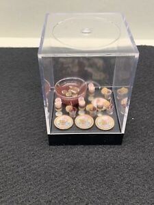 Reutter Dollhouse Miniature 1:12 Happy Birthday Punch Bowl Set 4 Place