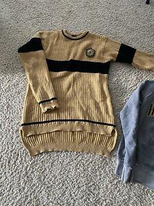 Universal Studios hufflepuff quidditch sweater