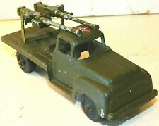 Old TOOTSIETOY of Chicago, Illinois, 1950s Metal, U.S. Army Green Truck w/AA Gun