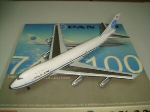 """Dragon Wings 400 Pan Am B747-100 """"1970s color - Clipper Victor"""" 1:400"""