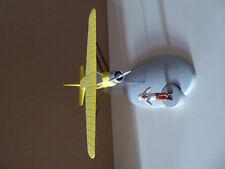 TINTIN figurine hydravion CN-3411 Le Crabe aux Pinces d'Or 1/100e CARREFOUR 2013