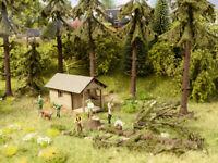 Noch HO 12046, Deko-Szenen Waldarbeiten, einfach auspacken und einbauen kleine