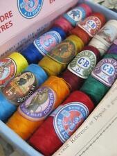 Sajou Francés Estilo Vintage Caja de 24 Hilo de Coser capullos Moderno Colores