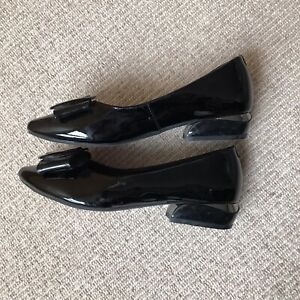 Black Pointed Block Heels With Bow Size 3