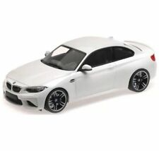 Minichamps 2016 BMW M2 Coupe (F87) White LE of 300 1:18*New! VERY LIMITED!