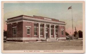 Tinted Postcard U.S. Post Office in Garden City, Kansas~106755
