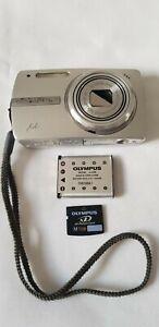 Olympus µ 820 8.0MP Digital Camera - Silver PLEASE READ LISTING