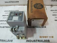 ALLEN BRADLEY TIMING RELAY 700-RT99P200Z1 NEW IN BOX