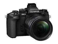 Olympus OM-D E-M1 + 12-40 mm 2,8 Objektiv  B-Ware unter 500 Auslösungen schwarz