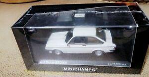 1/43 Minichamps Ford Escort Rs2000   Rare   1 Of  2208 Pcs White