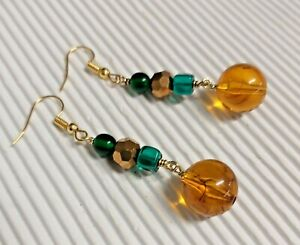Gorgeous Emerald Green Glass, Amber Resin & Gold Crystal Drop Earrings NEW