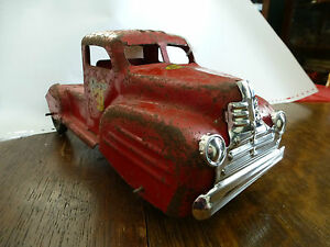Lincoln Canada Toy Grill, for Vintage Pressed Steel Toy Truck