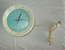 New ListingVintage Lux 5171 Atomic Retro Blue White Wall Clock Robert Shaw Working