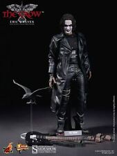Sideshow Hot Toys Brandon Lee as The Crow Eric Draven  Action Figure