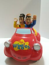 The Wiggles Touring Party Ltd. 2003 Spinmasters Big Red Car Singing Musical Toy