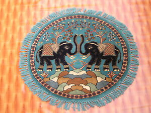 3x3 Sky Blue Color Floral Elephent Design Rug Hand-Knotted Wool Round Area Rug