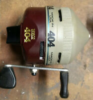 Lot of 4 Vintage Zebco Fishing Reels Made in USA