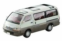 Toyota Hiace Wagon 2.4 Super Custom, Scale 1:64 by Tomica Limited Vintage Neo