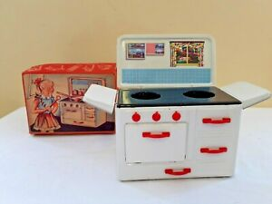 Miniature Metal Kitchen Stove Oven Cooker Child's Toy Vintage 1960's Boxed
