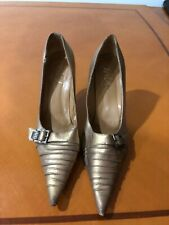 Woman's Beautiful Classy Wild Pair Gold Beige Buckle Heels Shoes Pumps Size 8.5