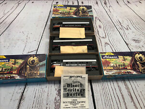 Athearn HO Scale Southern Pacific F7A, F7B, F7A complete set vintage. Powered